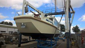 Platbodem Motorboot – volledig gerestaureerd
